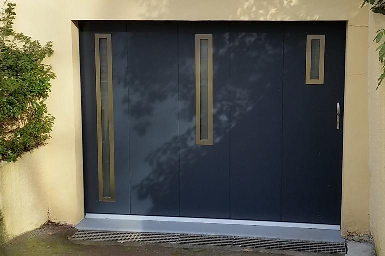 Saumur portail store volet porte de garage et pergola for Porte de garage 06